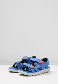 Timberland - PERKINS ROW 2-STRAP - Walking sandals - bright blue - 3
