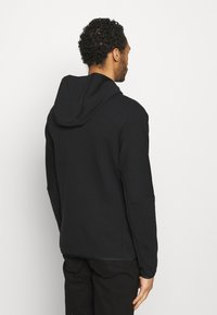 Nike Sportswear - Hættetrøjer - black - 2