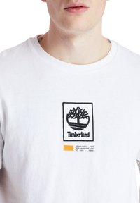 Timberland - SS LOGO PLAY - T-shirts print - white - 3