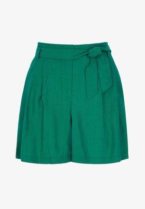 BERWICK - Shorts - waldgrün