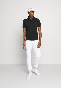 Polo Ralph Lauren - SLIM FIT MESH POLO SHIRT - Polo shirt - black - 1