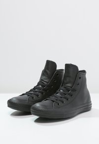 Converse - CHUCK TAYLOR ALL STAR - Sneaker high - black - 2