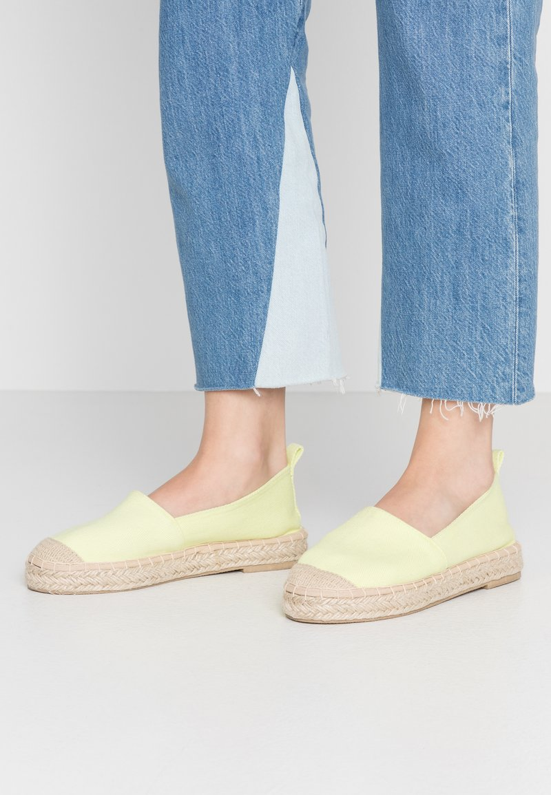 Even&Odd - Espadrilles - light yellow