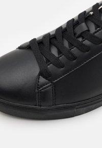 Armani Exchange - Sneakers basse - black - 5