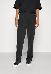 adidas Originals - FIREBIRD TP PB - Träningsbyxor - black - 0