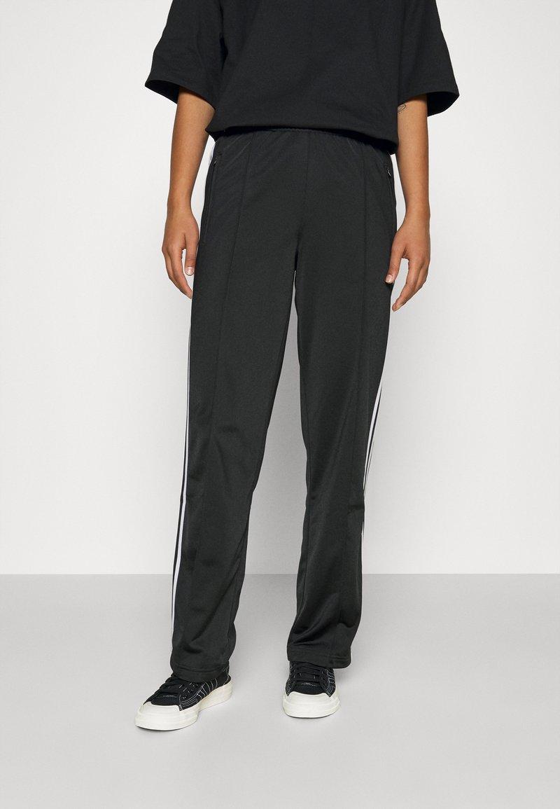 adidas Originals - FIREBIRD TP PB - Träningsbyxor - black