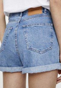 PULL&BEAR - Jeans Shorts - mottled dark blue - 3