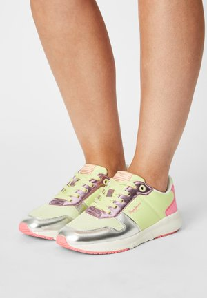 SAFFRON GLAM - Trainers - soft lime