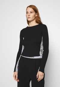 Calvin Klein Jeans - STRIPE LOGO - Jumper - black - 0