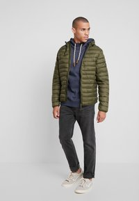 Blend - OUTERWEAR - Välikausitakki - olive night green - 1