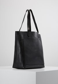 Madewell - MEDIUM TRANSPORT TOTE - Handbag - true black - 3