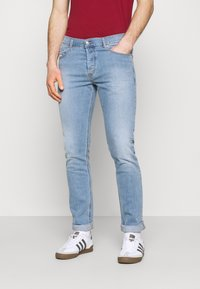 Diesel - D-LUSTER - Slim fit jeans - light blue - 0