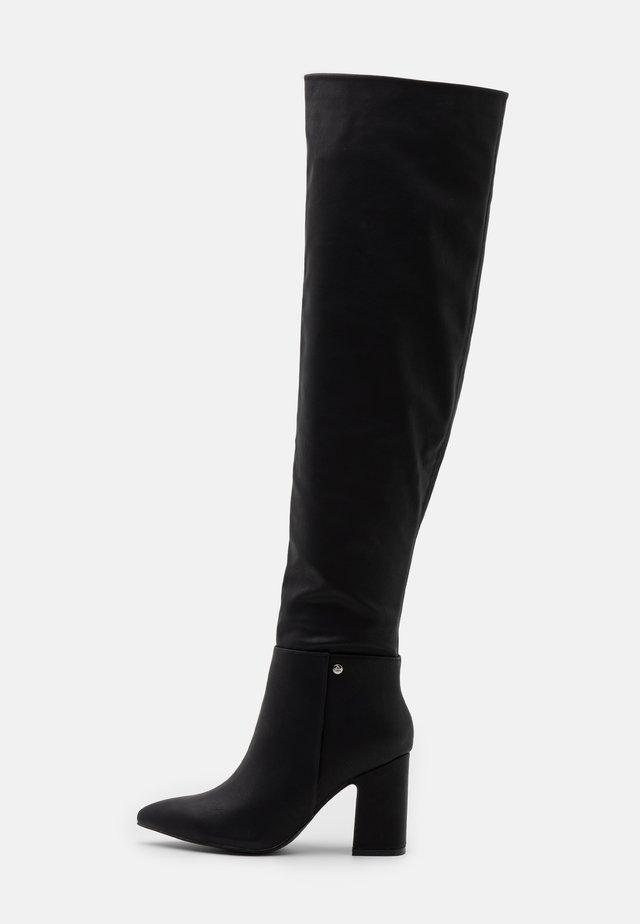 JOSEPHINE - Høye støvler - black