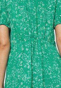 JDY - JDYSTAAR LIFE SHIRT DRESS - Day dress - greenlake/cloud dancer - 5