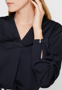 Esprit Collection - NEW FLOATY - Bluser - black - 5
