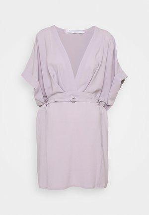 DANUBE - Korte jurk - glycine