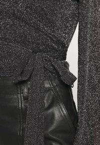Résumé - CORINNE - Top sdlouhým rukávem - black - 4