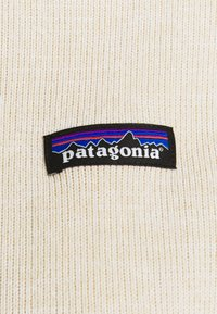 Patagonia - BETTER SWEATER - Fleece jacket - oyster white - 4