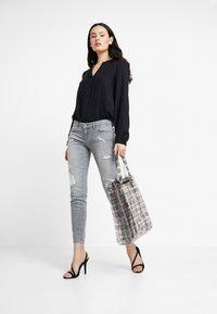 LTB - MINA - Jeans Skinny Fit - grey denim - 1
