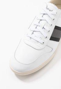 Polo Ralph Lauren - CAMILO - Baskets basses - white/black/grey - 5