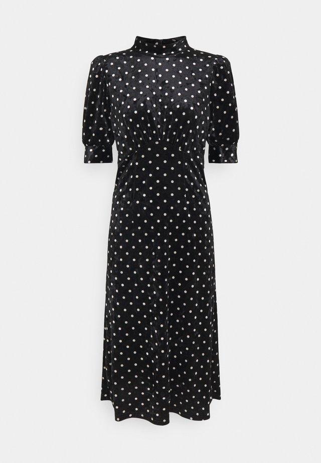 YASSELMA LONG DRESS - Robe d'été - black/silver