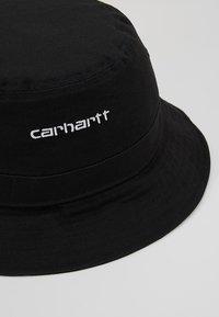 Carhartt WIP - SCRIPT BUCKET HAT UNISEX - Sombrero - black/ white - 6