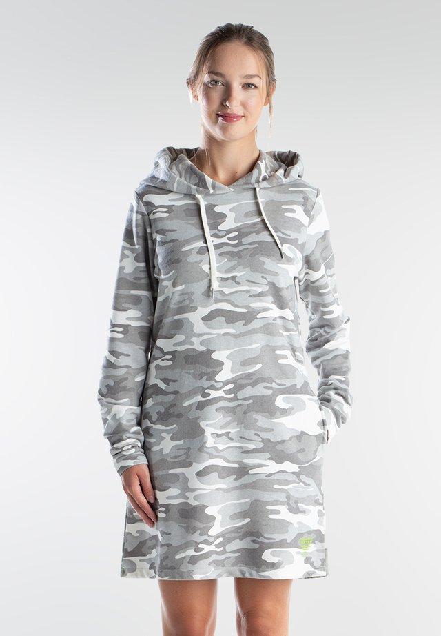Day dress - grey camo