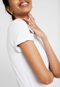 ONLY Tall - ONLPURE LIFE O NECK 2 PACK - Basic T-shirt - black/bright white - 5