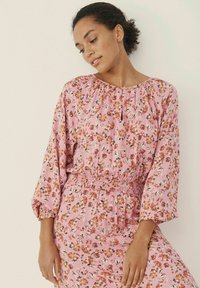 Part Two - HILAL - Day dress - flower print, sea pink - 2