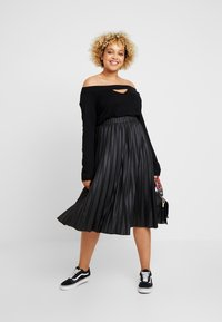 Lost Ink Plus - PLEATED SKIRT IN COATED - A-Linien-Rock - black - 1