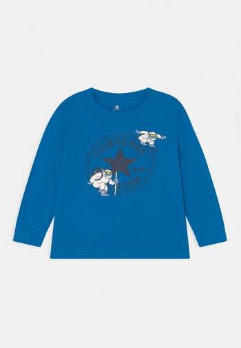 YETI TEE - Maglietta a manica lunga - kinetic blue