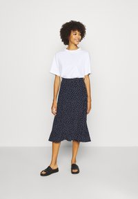 GAP - CIRCLE SKIRT - Jupe trapèze - navy - 1