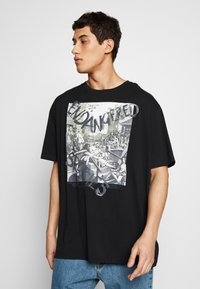 Vivienne Westwood - OVERSIZED CLASSIC - T-shirt con stampa - black - 0