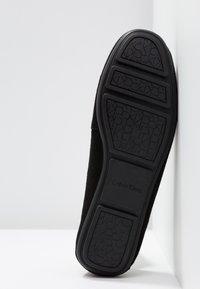 Calvin Klein - LASSEY - Mocassins - black - 6