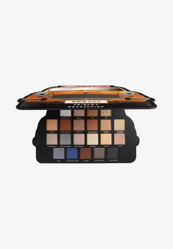 REVOLUTION X FRIENDS TAKE A DRIVE SHADOW PALETTE - Eyeshadow palette - -