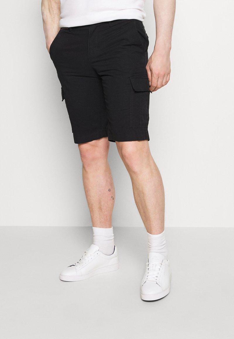 Tommy Hilfiger - JOHN CARGO - Shorts - black