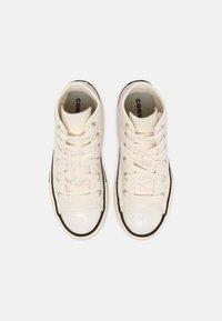 Converse - CHUCK TAYLOR ALL STAR GLITTER HI UNISEX - Sneakers hoog - egret/black - 3