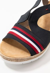 Rieker - Platform sandals - pazifik/cayenne - 2