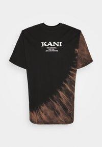 Karl Kani - RETRO BLEACHED TEE UNISEX - T-shirt con stampa - black - 5