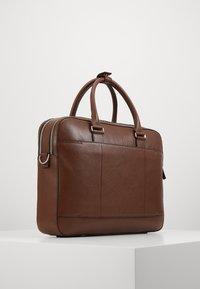 Tiger of Sweden - BURIN - Briefcase - cognac - 2