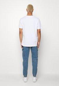 Jack & Jones - JJIPAUL JJFLAKE - Jeans Tapered Fit - blue denim - 2