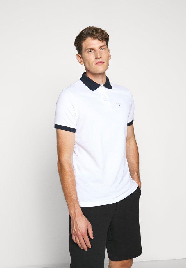 LYNTON - Polo shirt - white