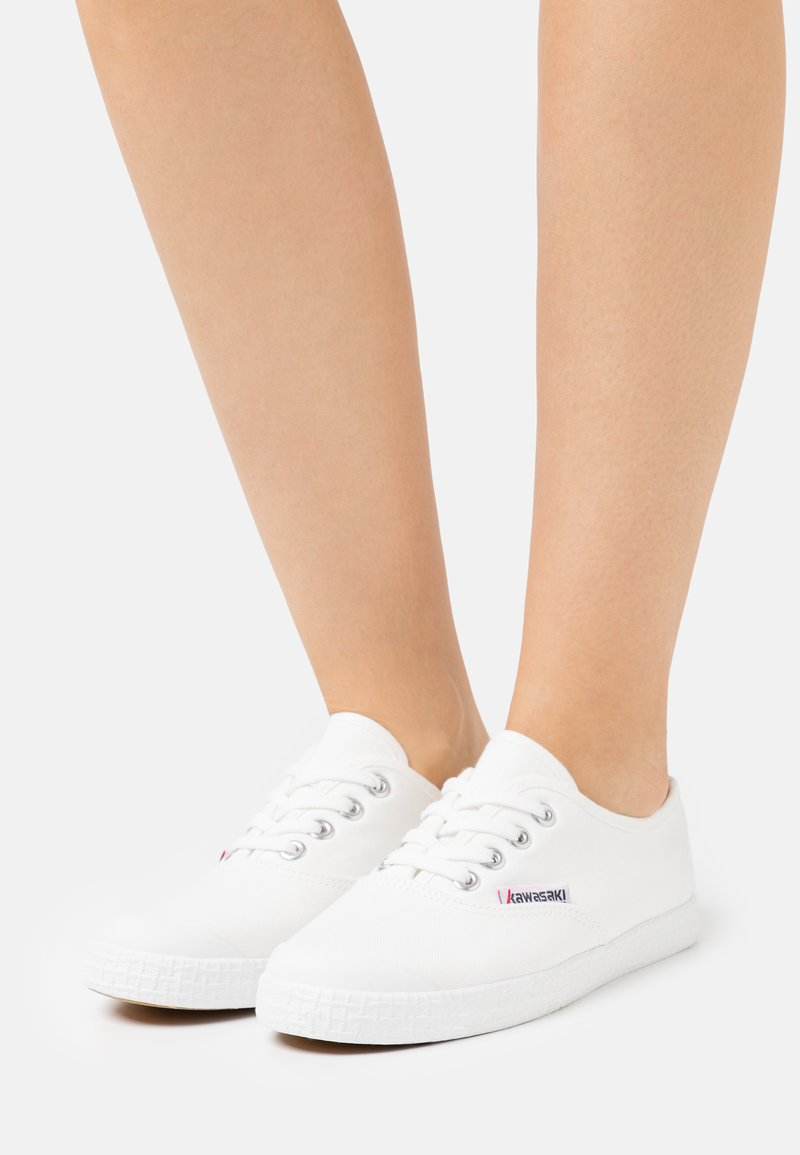 Kawasaki - BASE CLASSIC - Sneakersy niskie - white