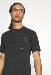 Giro - GIRO VENTURE II - T-shirt print - black - 3