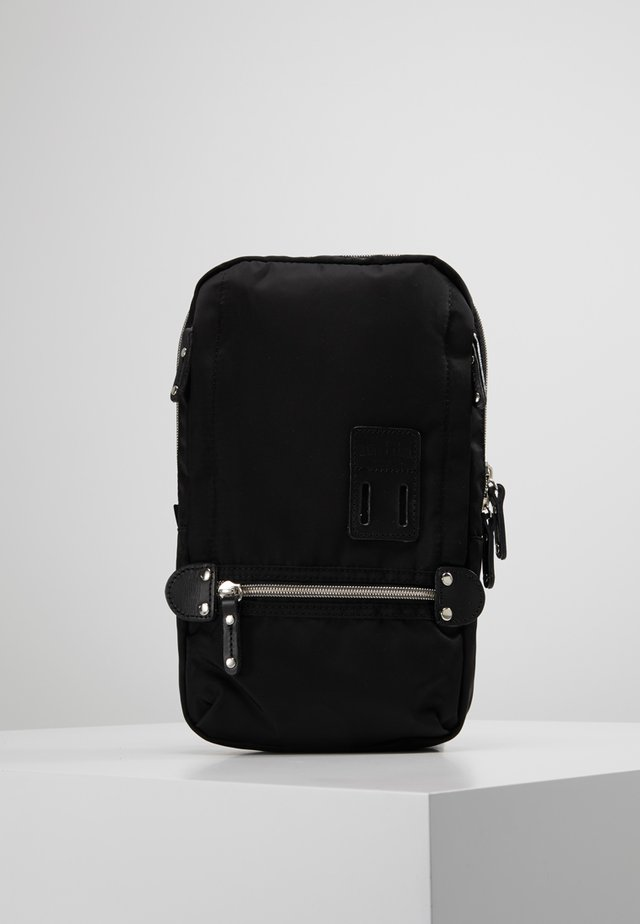 TAKAO NY - Across body bag - black