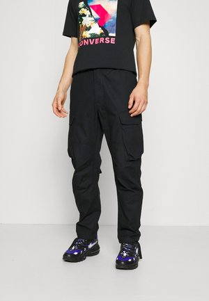 COUNTER CLIMATE PANT - Cargo trousers - black