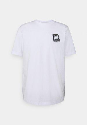 JUST LAB UNISEX - T-shirt imprimé - white