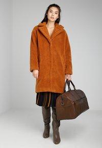 Still Nordic - CLEAN BAG - Weekend bag - brown - 5