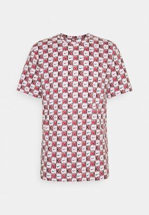 TEE HIGHER - Print T-shirt - white
