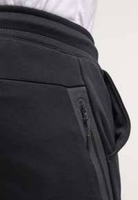 Nike Sportswear - TECH - Trainingsbroek - black - 5